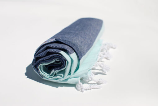 DOLPHIN Towel Lemonical