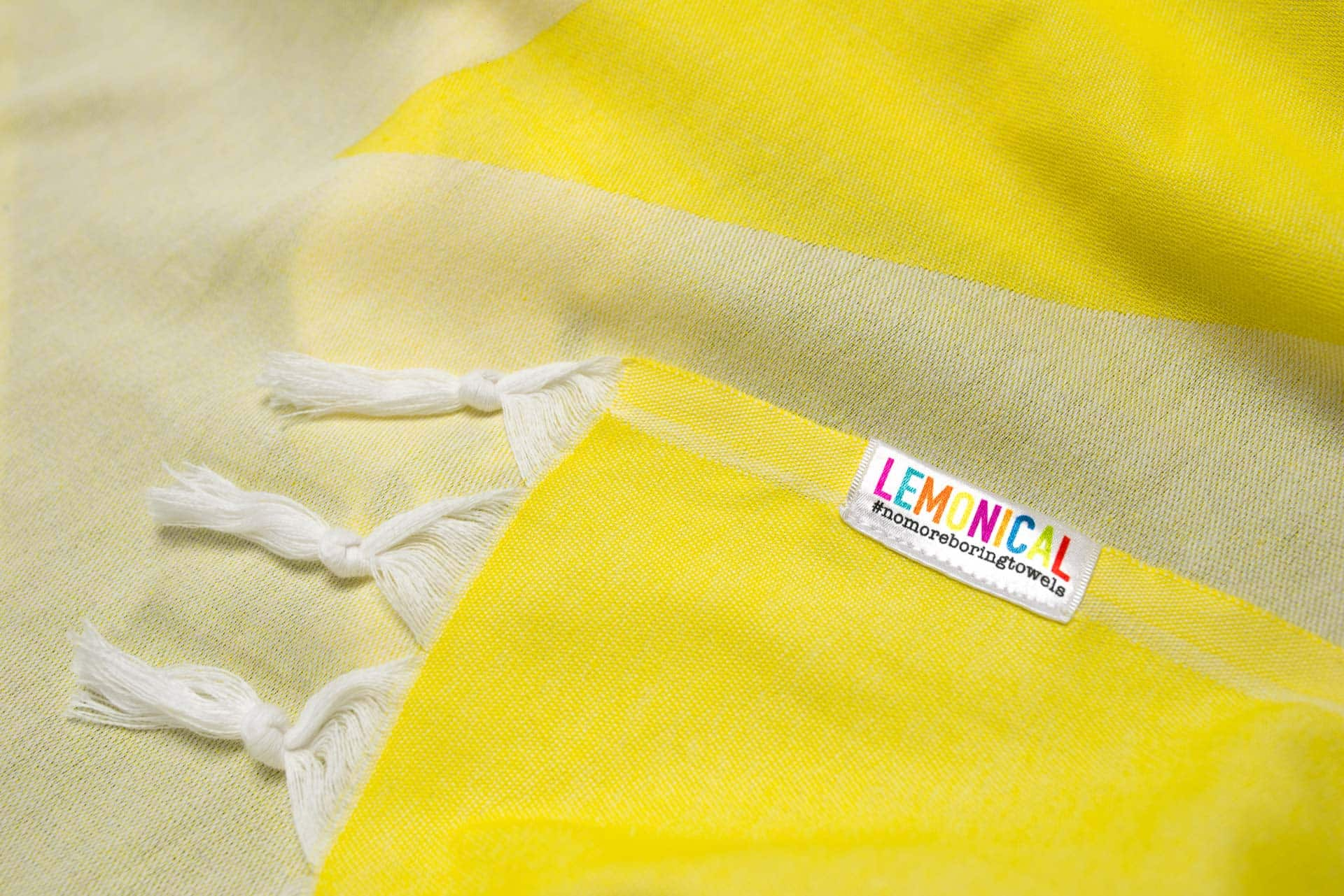 YELLOW-STARFISH-Towel-Lemonical-3