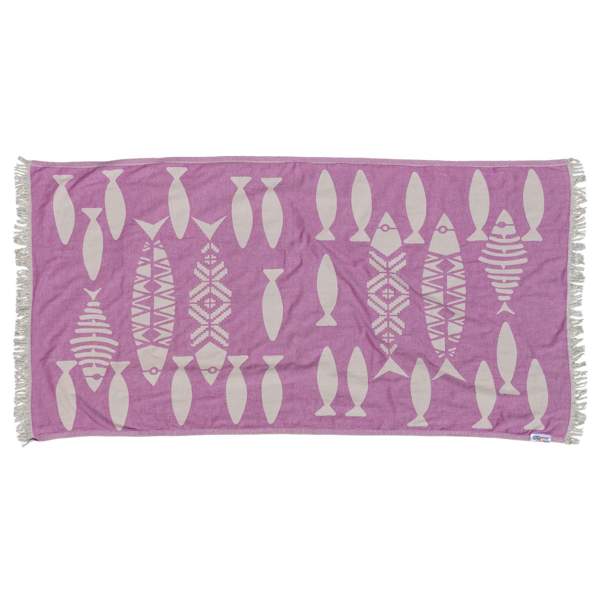 лилава кърпа за плаж