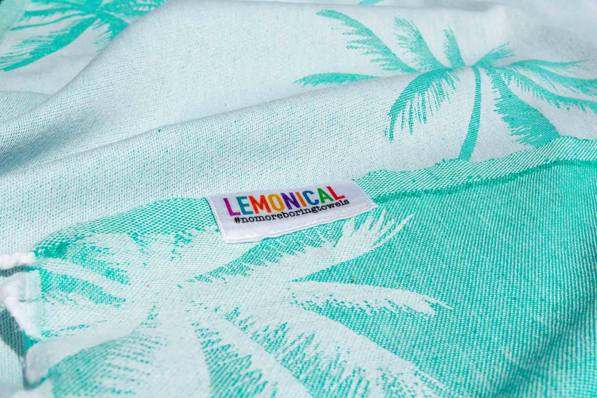 палми плаж отблизо