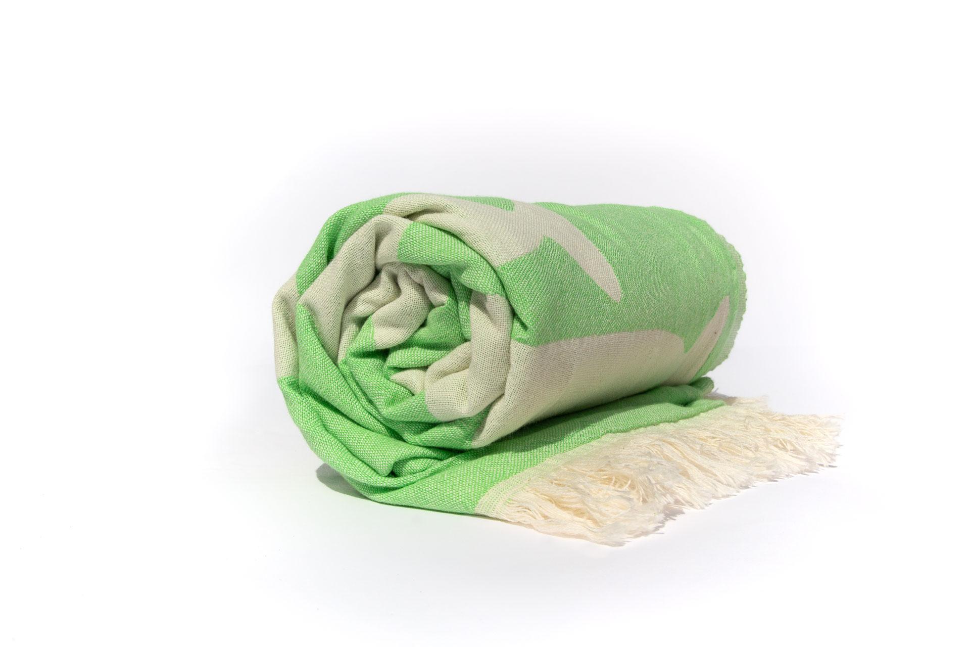 делукс кърпа за плаж навита